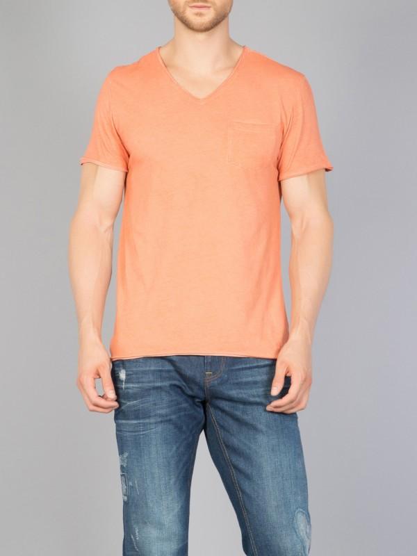 COLINS T-Shirt mit Used-Waschung und geschnittenen Kanten