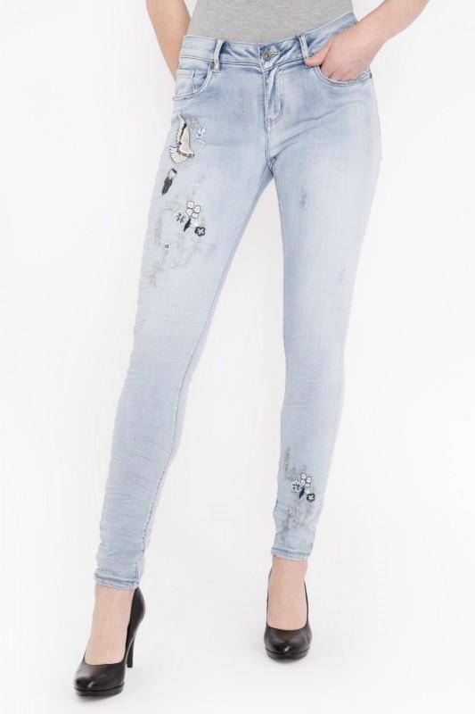 BLUE MONKEY Skinny Fit Jeans im Vorderteil bestickt, Crinkle Look »Honey 1815« Honey 1815