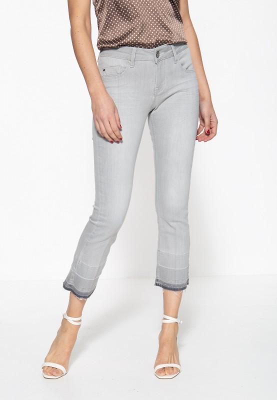 Damen Jeanshose mit offenen Saumkanten und Waschung »Brenda«