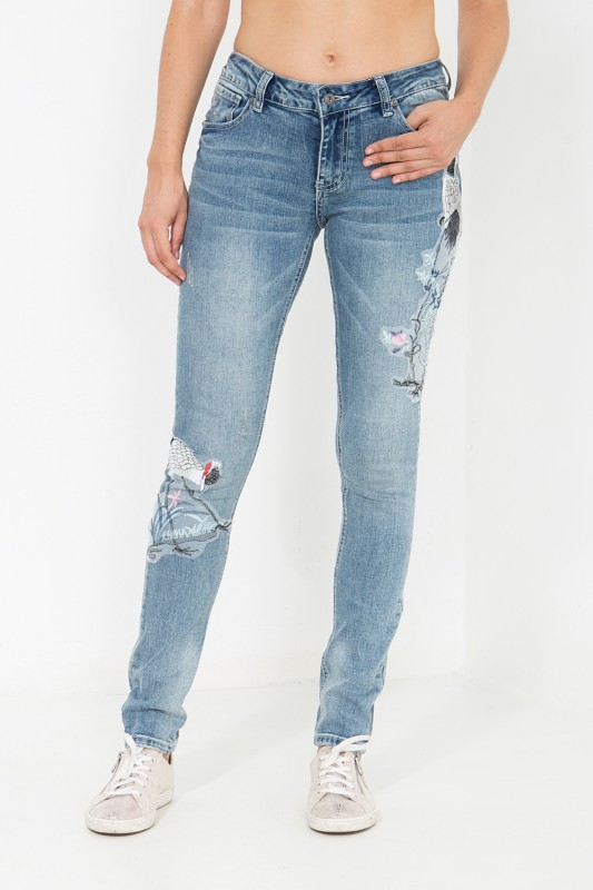 BLUE MONKEY Skinny Fit Jeans mit Stickerei Patches Honey 7112